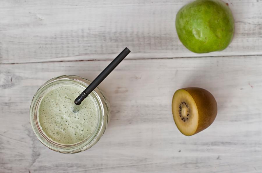 frullato-te-verde-gelsomino-frutta