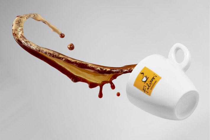 Dipingere con il caffè