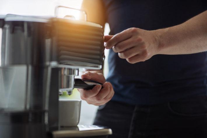 come pulire macchina caffè