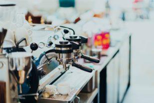 Come funziona la macchina da espresso del bar